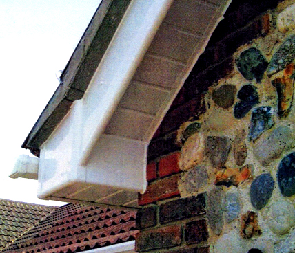 Soffit Close up on corner of house